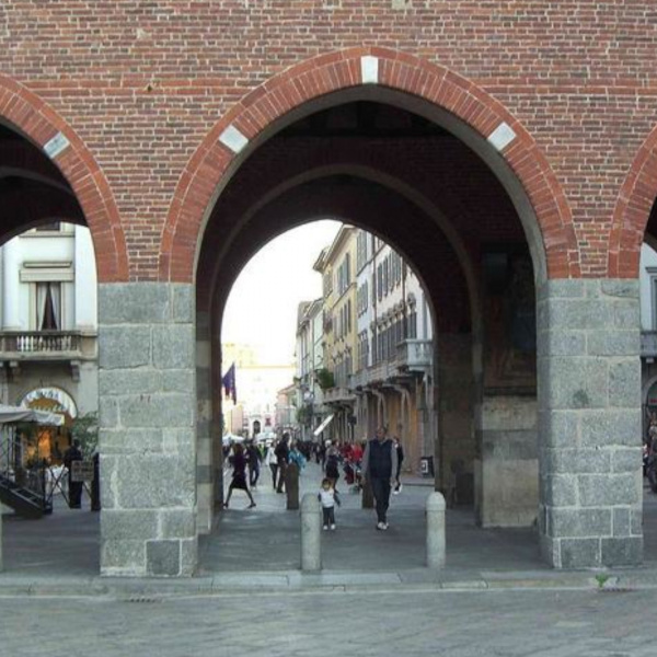 arches and portico in monza